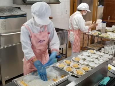 [社]実務未経験者も歓迎!小学校給食の調理師・栄養士