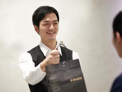[契]「G-SHOCK等」カシオ時計の販売スタッフの画像3