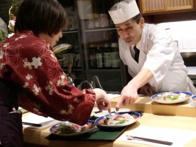 和食店のホールスタッフの画像2
