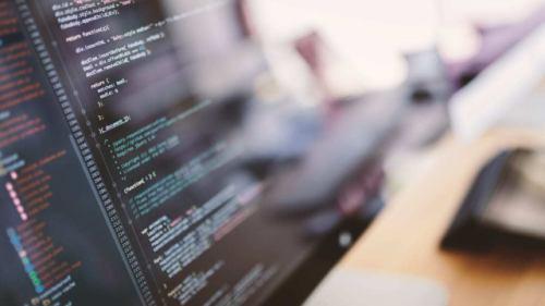 [正社員]IT/コンピュータ ユーザーサポート ITエンジニア/定着率90%/自社製品の開発/福利厚生抜群!AG58