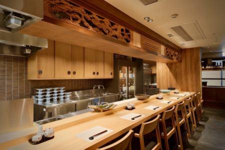 和食店のホールスタッフの画像1